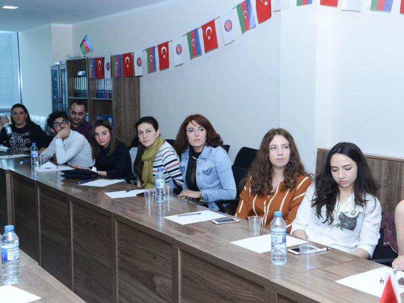 """Seminar: """"Qadın nə istəyir?"""""""