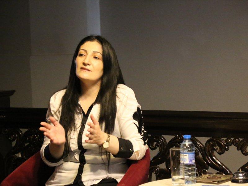 """Seminar: """"Evdə müəllim deyil, valideyn olmalı"""""""